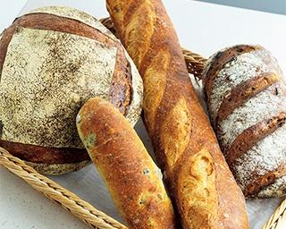 毎日でも飽きないパンを「パン屋 秋日和」