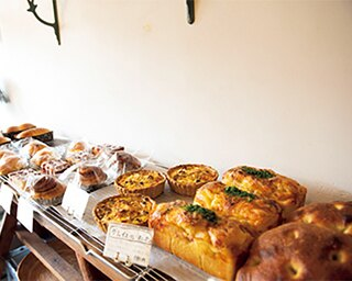 愛情込めて焼き上げる天然酵母パンと焼き菓子「tsunagu bake」
