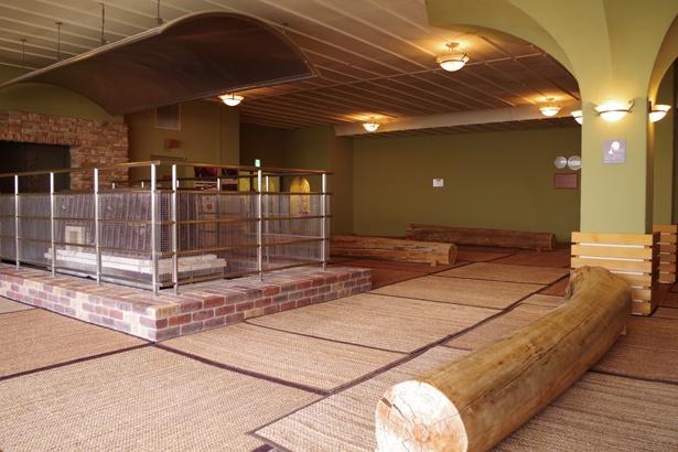 遠赤外線で温める「健美効炉」で体の芯からリフレッシュ / 安城コロナワールド内 天然温泉コロナの湯 安城店