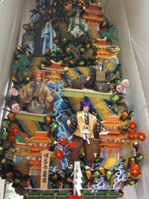 博多リバレインにある飾り山 表「博多乃豪商」