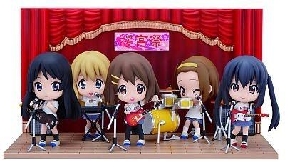 F賞の「桜高ステージセット」とI賞のきゅんキャラ「けいおん!!~またまた学園祭!ver.~」でこんな楽しみ方も!