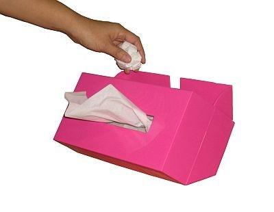 背面に付いているゴミ箱にすぐ捨てることができて超便利!
