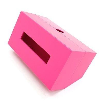 カラーはピンクとホワイトの2色展開