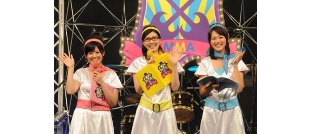 2代目カンテレ3姉妹。左から中島めぐみアナ、山本悠美子アナ、高橋真理恵アナ