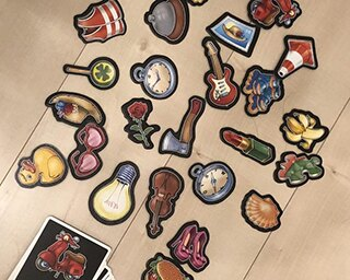 家でわいわい遊ぼう!子供も大人も楽しめる簡単ルールのテーブルゲーム10選