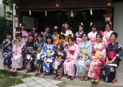 編集部に来る前に大阪天満宮でイベントの成功を祈願