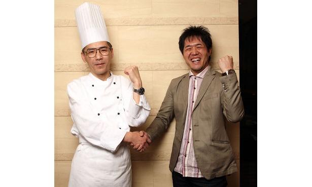 「カフェスイス」料理長の松矢和茂さん(左)と、「西日本ハンバーガー協会」薮 伸太郎(右)
