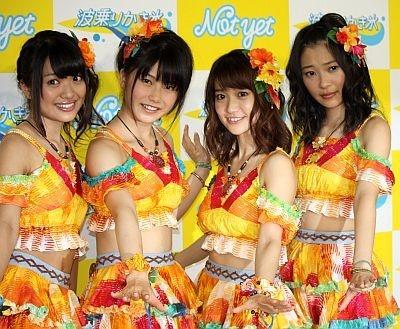 【写真】Not yetの北原里英さん、横山由依さん、大島優子さん、指原莉乃さん!