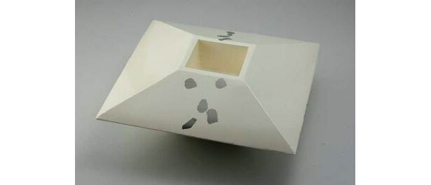 作/三浦洋輔 シンプルながらも存在感のあるオブジェ。佐賀県展の入選作品