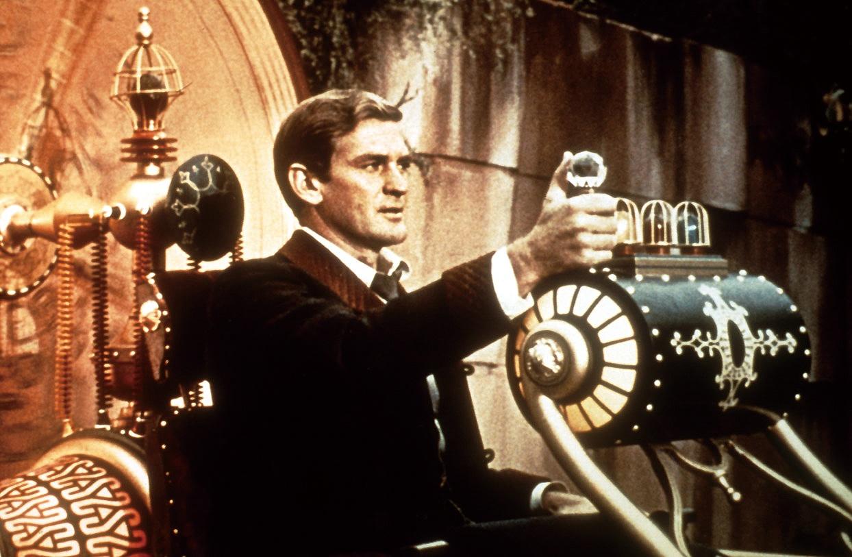 『タイム・マシン』(60) ウェルズ原作&ジョージ・パル監督。主人公がタイム・スリップするのは、なんと80万2701年!外装がないタイム・マシンは今観るとレトロ