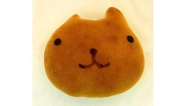 こちらはカピバラさんの天然酵母パン:カピバラさん(顔)