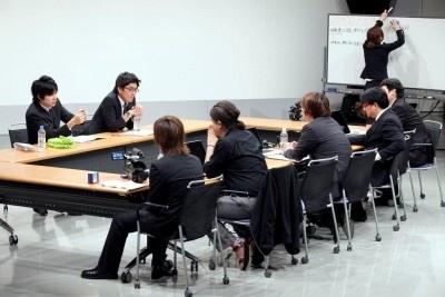 平成ノブシコブシ&スタッフのビジネス会議