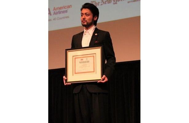 【写真】本年度のニューヨーク・アジア映画祭で、日本人で初めてライジング・スター賞を受賞した山田孝之