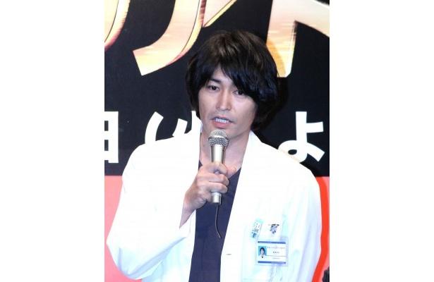 伊藤に「せりふをかんでも、かんでないふりをする」と暴露され、焦る安田顕