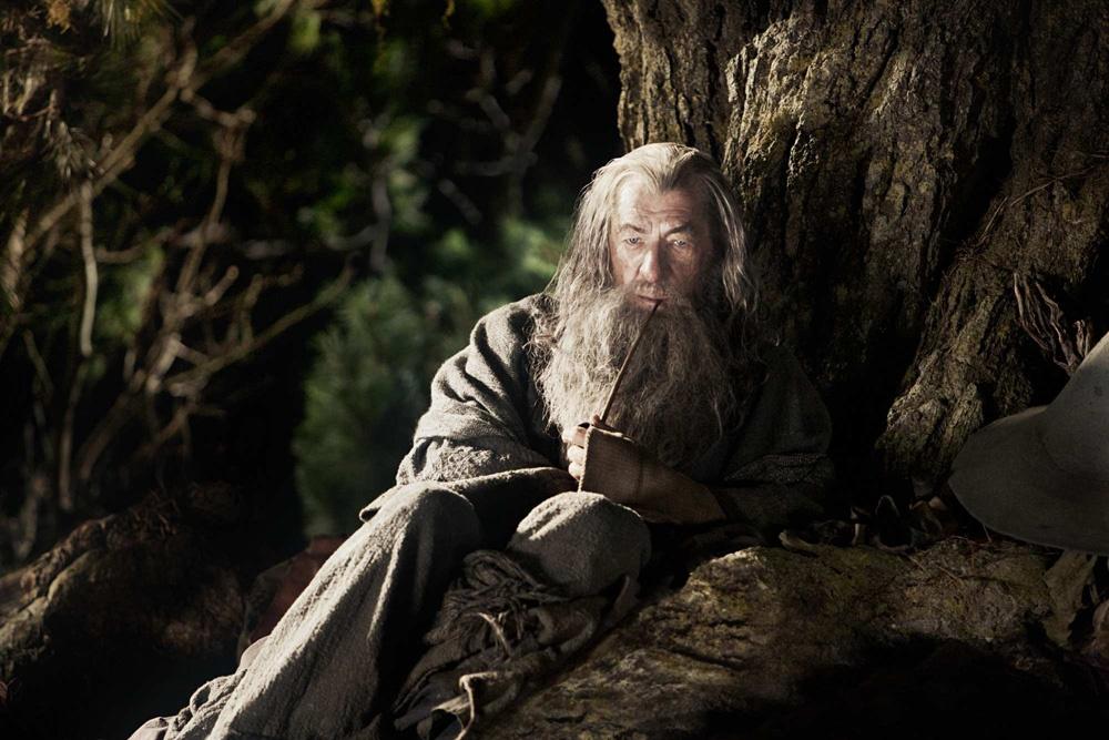 『ホビット 思いがけない冒険』より、灰色のガンダルフを演じるイアン・マッケラン