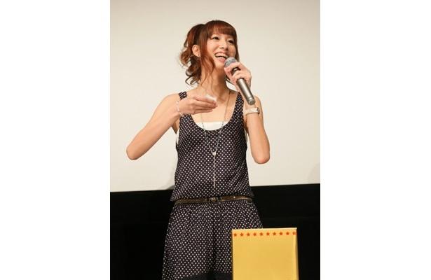 【写真】マギー・Q演じる不知火舞の吹替を担当した小清水亜美。原作ゲームシリーズ最新版でも彼女が不知火舞の声を担当している