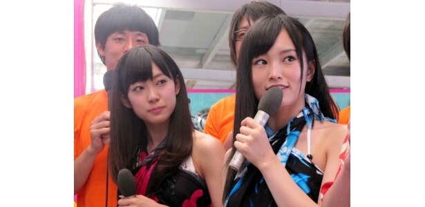先日行われたNMB48のじゃんけん大会で負けてしまった渡辺と山本(写真左から)「きむら庵に来てリフレッシュできました!」と笑顔