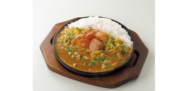 各務原豚キムチカレー850円(岐阜県限定)/豚肉とニラが入ったカレーと共に各務原キムチの辛さとコクを味わおう!