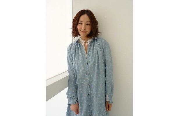 『ロック わんこの島』で奔放な母親役を好演した麻生久美子