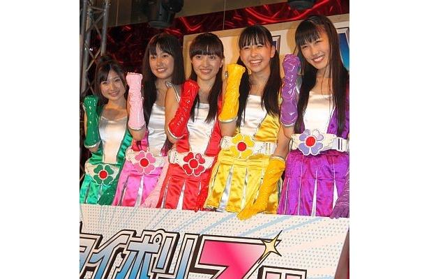 セガ・アミューズメントテーマパーク「東京ジョイポリス」の夏季プロモーション発表会にももいろクローバーZが登場!