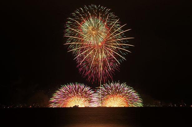 「諏訪湖祭湖上花火大会」