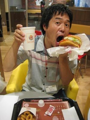「西日本ハンバーガー協会」会長でもあるKW編集部の薮Yが予想!「関西のハンバーガーブームがさらに加速する予感がします!」