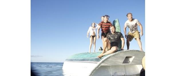 ヨットの上なら無事なはずだが