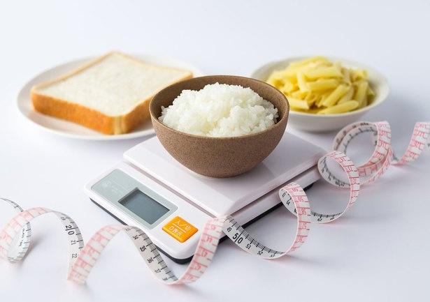 【画像を見る】糖質制限は食事療法のひとつ