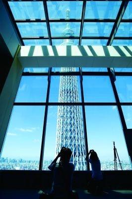 イーストタワーから見えるスカイツリー!