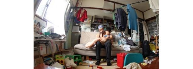 日本からは相川博昭さんが投稿した4歳の息子と暮らす日常の映像が選出