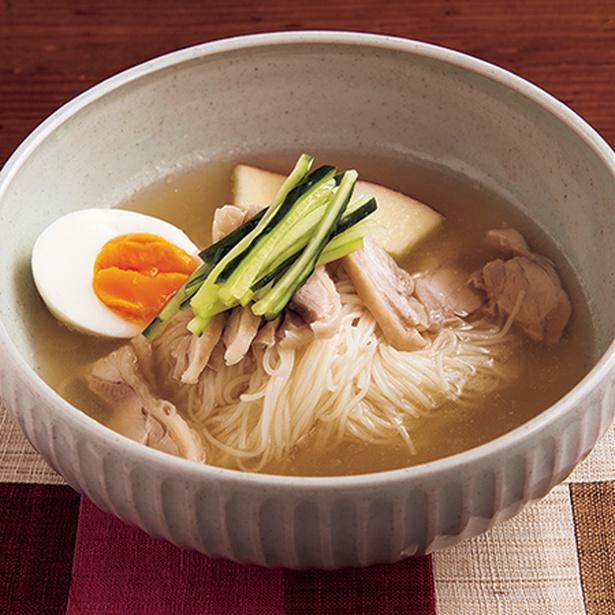 【画像を見る】具材がたっぷり入った「冷麺」