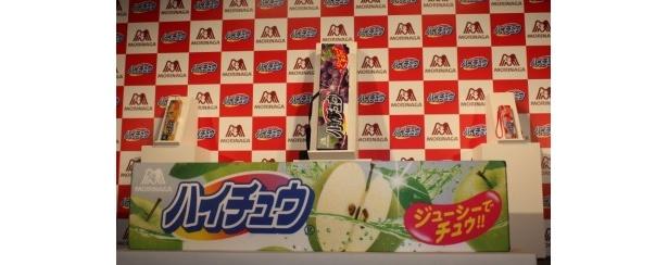 森永製菓のロングセラー商品「ハイチュウ」の巨大ハイチュウグッズプレゼントキャンペーンが8月2日(火)より実施