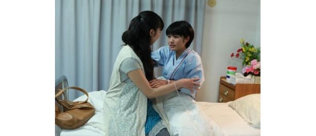 【写真】入院中の楓の妹・樹を演じるのはアイドリング!!!の野元愛