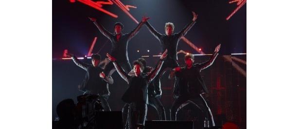 """""""K-POP最強の野獣アイドル""""と称されるボーイズグループ・2PMが5月に千葉で行ったライブ"""