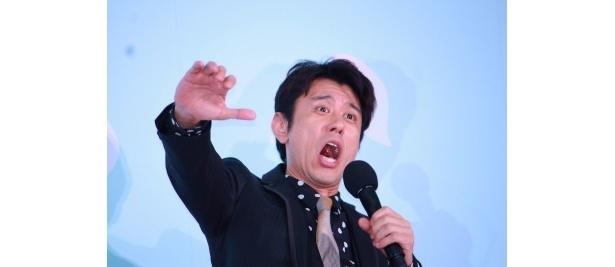 売れない絵描きの男爵役の原田泰造