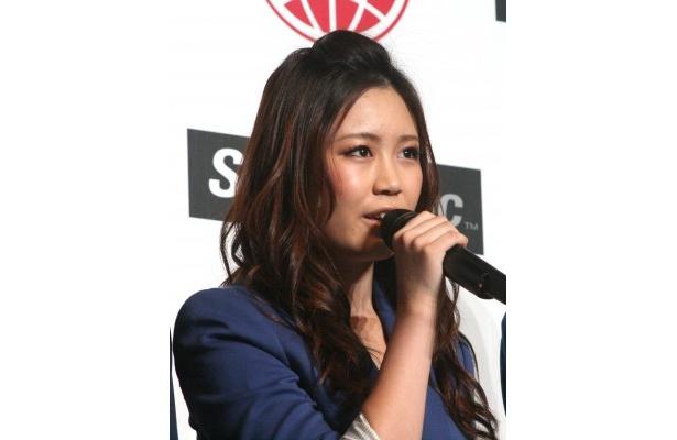 新ボーカル&パフォーマーの鷲尾伶菜(17)