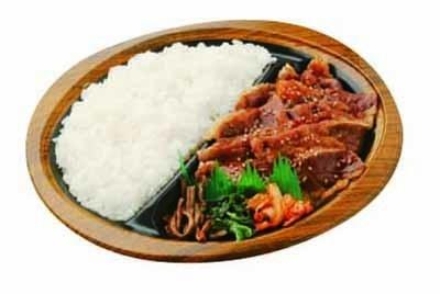 焼肉トラジ監修 牛カルビ焼肉弁当(530円/サークルK、サンクス)