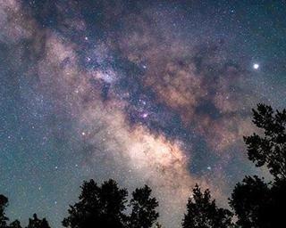 星空の大パノラマを堪能!夏休みにおすすめの絶景星空スポット10選