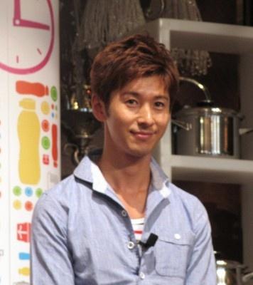 イベントには料理研究家の寺田真二郎も登場。オリジナルレシピを披露した イベントには料理研究家の寺