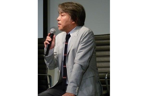 西谷弘監督は「スペイン大使館のモダンさに驚いた」と話す