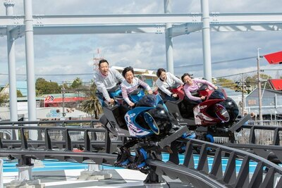 トップライダーさながらの体感ができる「GP RACERS」は2020年春に登場したばかりの新アトラクション