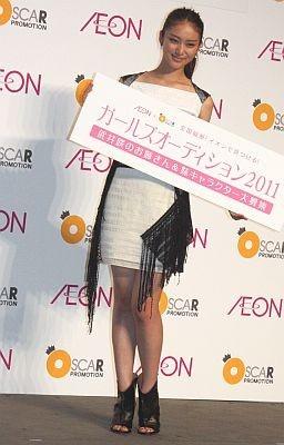 女優として大活躍中の武井咲さん