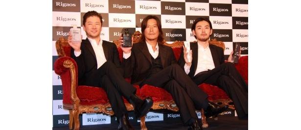 左から・浅野忠信、豊川悦司、松田龍平。3人がCMで共演