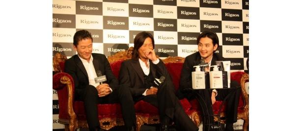 【写真をもっと見る】浅野忠信、豊川悦司、松田龍平がトークショーで爆笑した一幕