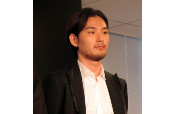 「こんな面白いCMに呼んでいただいてありがたいです」と松田