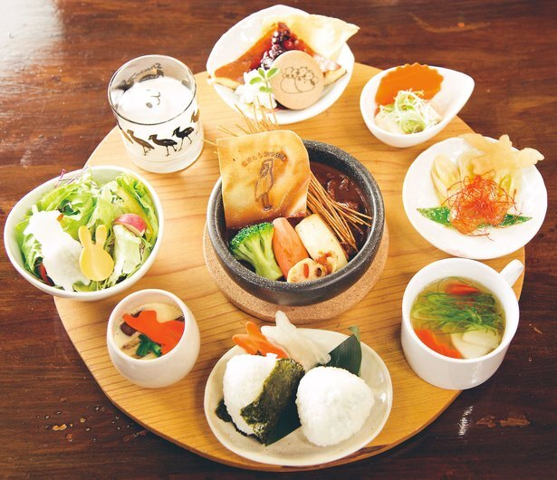 「なすべん」(税込1500円)は、1日限定10食まで※要予約