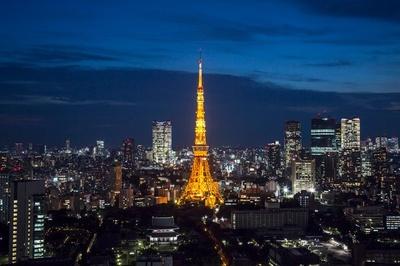 オレンジ色に輝く東京タワー(ランドマークライト)