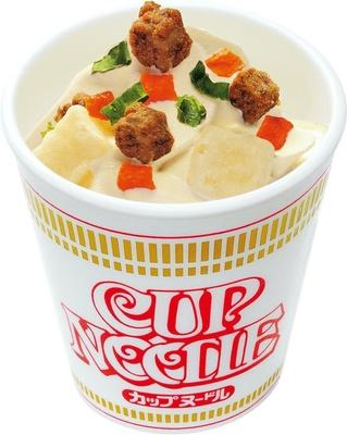 しょうゆ風味のソフトクリーム「カップヌードル ソフトクリーム」