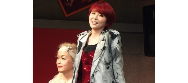 【写真】舞台初挑戦の長澤は、ケータイ作家・ひろみ結城を演じる