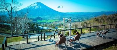 夏は爽やかな高原、冬はパウダースノーが楽しめるスキー場へと姿を変えるルスツ